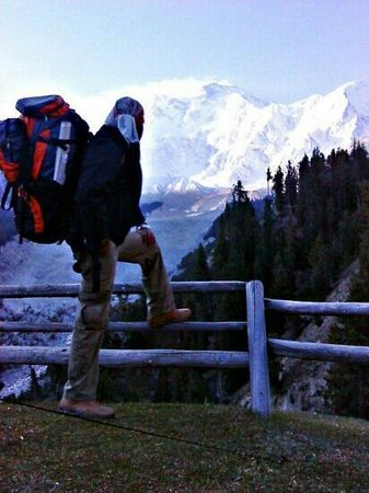 Gulmit, ปากีสถาน: Fairy Meadows. Gilgit Baltistan