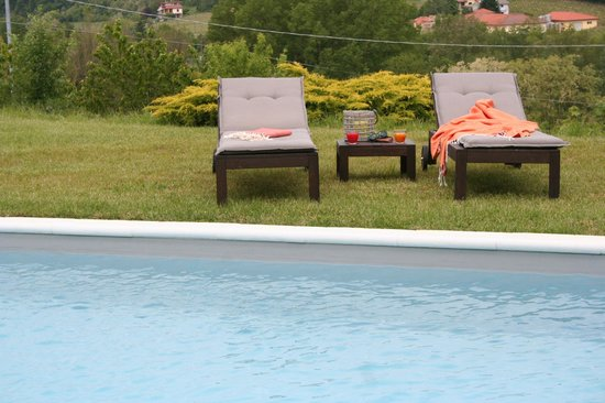 B&B Nonna Du: Relax a bordo piscina