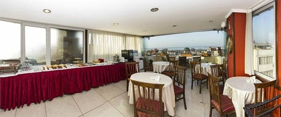 Elfida Suites: Breakfast Room