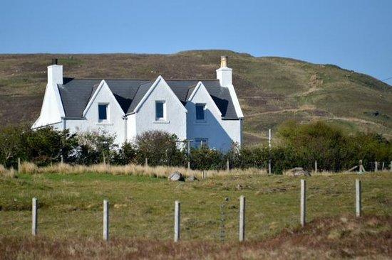 Balmeanach House / Struan