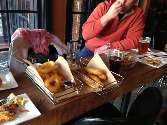 Citizen Burger Bar : Giant and delicious apps: Onion rings, fried pickles and truffle fries