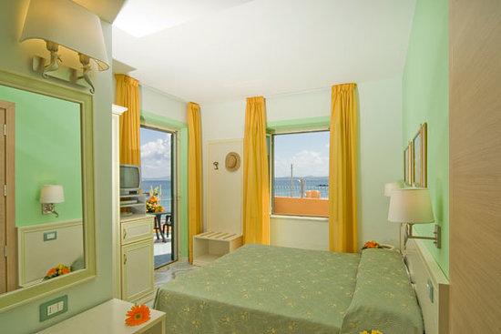Hotel Rivamare: Camera vista mare