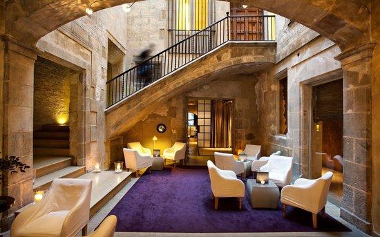 Hotel Neri Relais & Chateaux: Reception