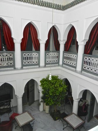 Riad Mirage courtyard