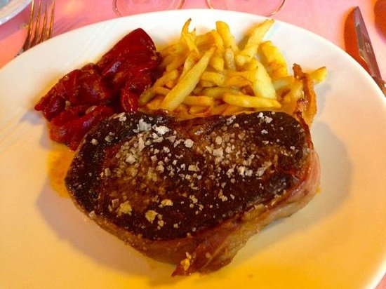 Hotel Etxeberri: Superb quality entrecote great in taste and size