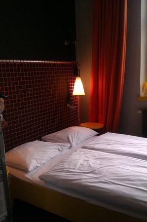 Superbude Hotel Hostel St.Pauli: Bettchen in ner Doppelbude