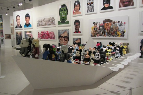 CAC MALAGA (Centro de Arte Contemporaneo de Malaga) : Where's Micky?