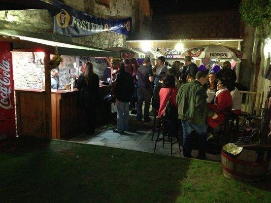 Murphy's Law : Beer garden