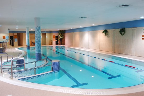 Hibernian Hotel & Leisure Centre, Hotels in Adare