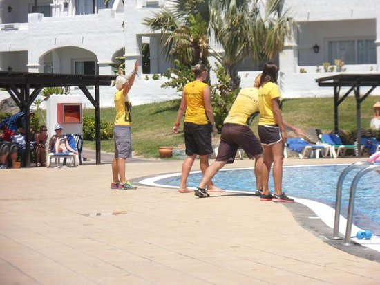 TUI MAGIC LIFE Fuerteventura: piscina animacion