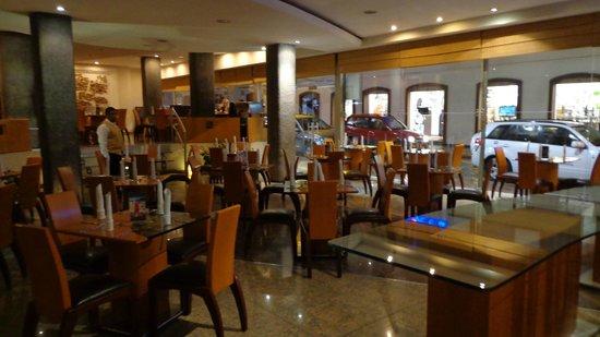 El Dorado Hotel: Cafeteria y desayunos