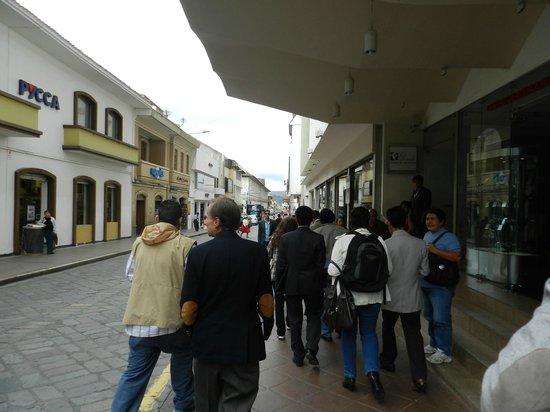El Dorado Hotel: Calle del hotel