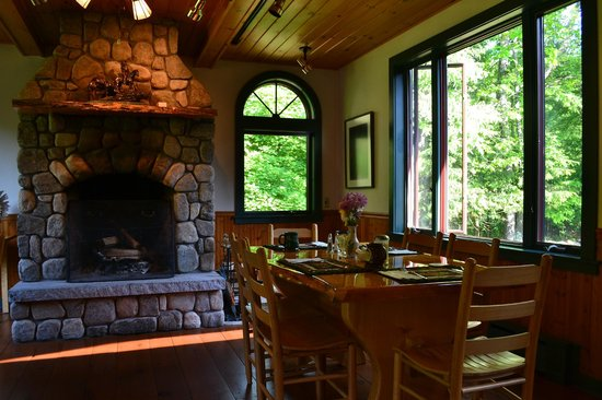 Trail's End Inn: Dining room - so peaceful