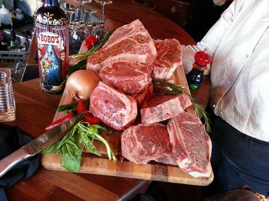 Bobo's Steakhouse : Dry Aged Steaks