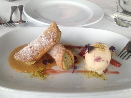 The Boathouse on Blackwattle Bay: Magnificent dessert!