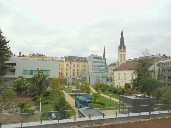 Park Inn by Radisson Linz: view from bedroom