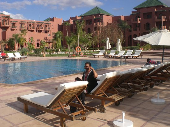 Palm Plaza Marrakech Hotel & Spa: The swimming pool