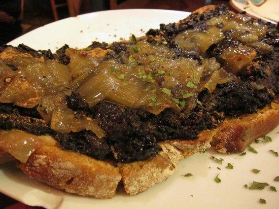 La Alcoba Azul: Can't remember - black pig, toast?