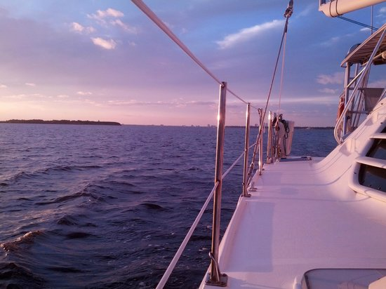 Now and Zen Sailing Charters: Falling in love with JAX from the water
