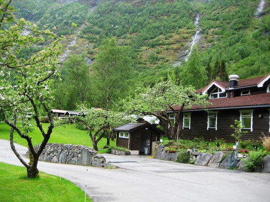 Flam Camping and Youth Hostel : esterno