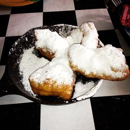 Kenny B's French Quarter Cafe : beignets