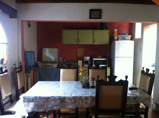 Hotel Mi Casa En La Antigua: Cocina - comedor