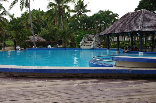 Anchorage Beach Resort : The pool