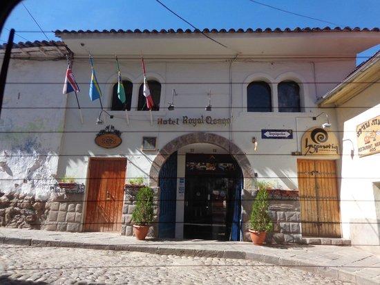 Fachada do hotel Royal Qosqo