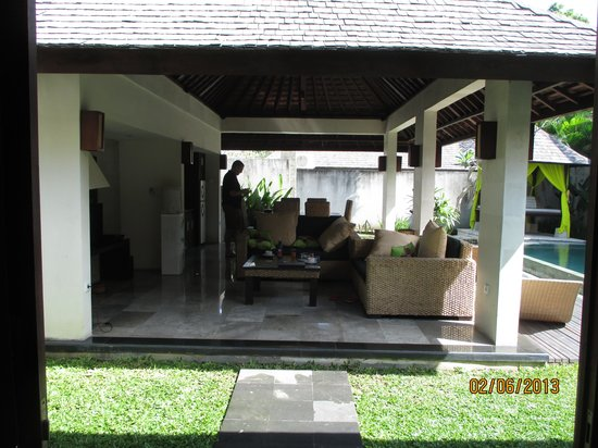 The Khayangan Dreams Villas : Chill area