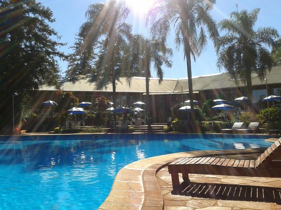 Hostel Inn Iguazu: pileta excelente