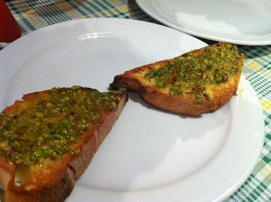 IL Covo Ristorante-Pizzeria: bruschetta al pistacchio