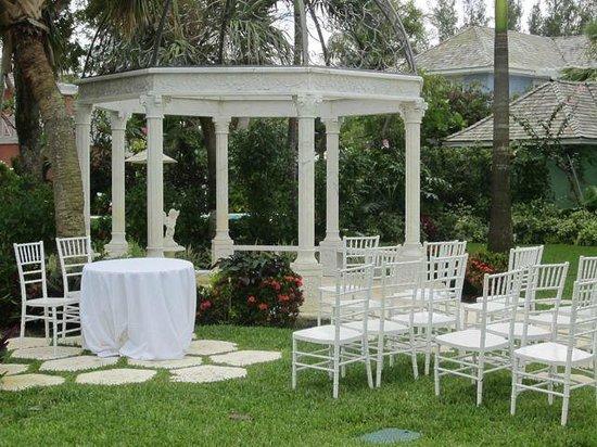Sandals Royal Bahamian Spa Resort & Offshore Island: A beautiful wedding venue