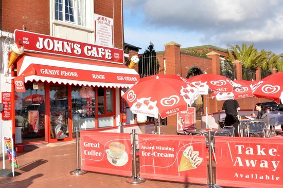 Johns Cafe Barry Island