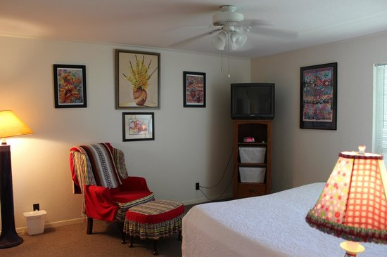 Executive Keys Condominiums on the Beach: Master Bedroom, large and nice