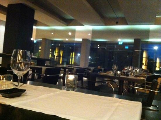 Qi Sushi Lovers: Sala interna.