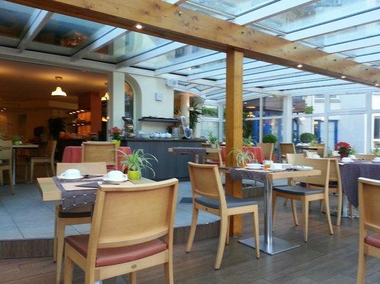 BEST WESTERN PLUS Celtique Hotel & Spa : Espace petit déjeuner