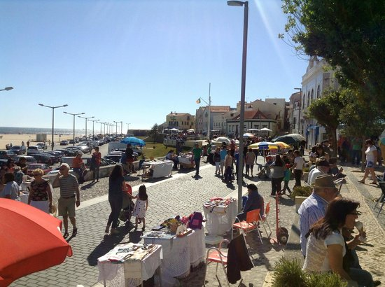sunday market in buarcos picture of figueira da foz coimbra district tripadvisor. Black Bedroom Furniture Sets. Home Design Ideas