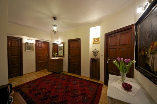 WawaBed - Warsaw Bed and Breakfast : Hall 1st floor