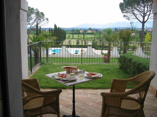 Villa Zuccari : Room service on our private terrace
