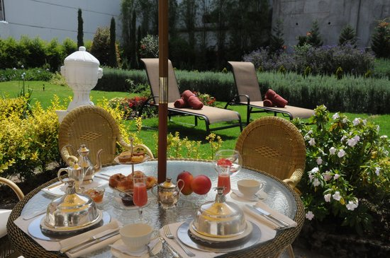 Boutique Hotel Mansion del Angel: Outdoor Garden