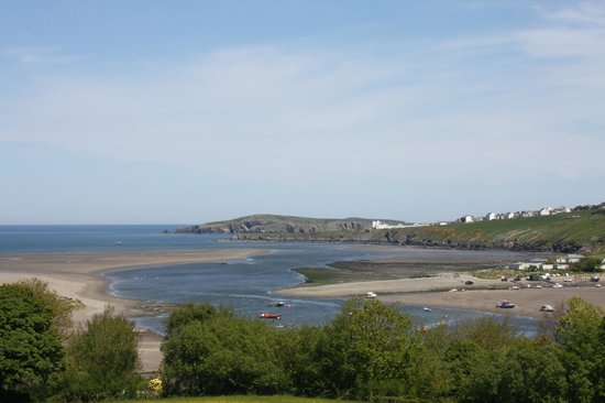 Poppit sands beach and Cardigan Island from Webley Hotel