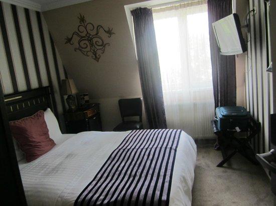 Boutique Monaco: Room 202