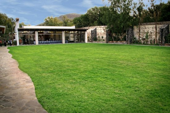 Jardin para eventos sociales con capacidad de hasta 550 for Jardines pequenos para eventos df