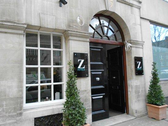 The Z Hotel Victoria: Fachada