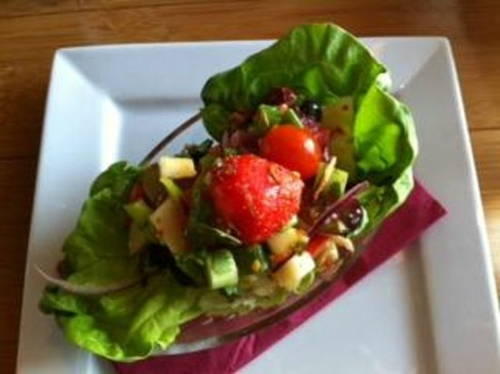 Port of Siam at Newhaven : Salad