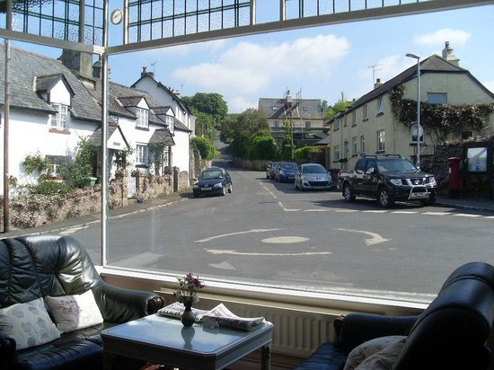 Babbini's Tearoom/Restaurant: Lovely View of the Village from window