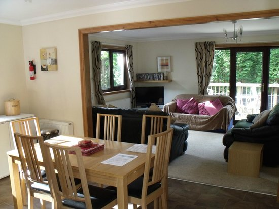 Corrie Duff Guest House And Holiday Cottages : Downstairs
