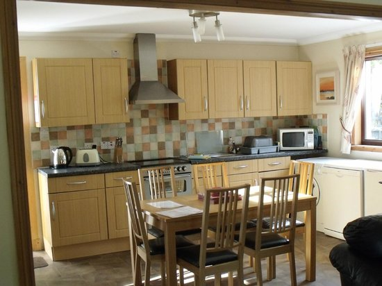 Corrie Duff Guest House And Holiday Cottages : Kitchen