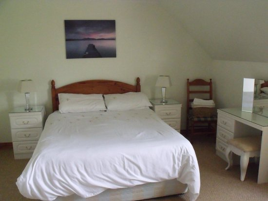 Corrie Duff Guest House And Holiday Cottages: Bedroom 1