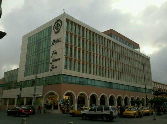 Hotel Fray Junipero Serra : Vista del Hotel